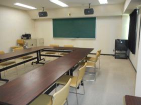 視聴覚室5.7m×11.4m