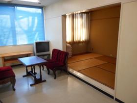 農事相談室(和室+スペース)<br /> 和室7.5畳+2.2m×5.2m